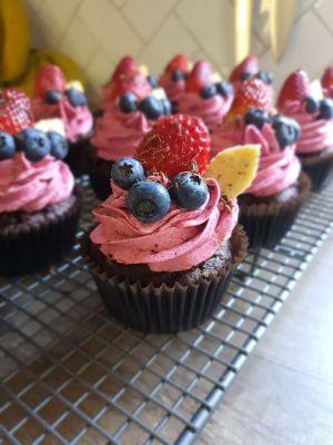 Choc wildberry cupcake